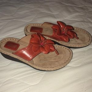Clarks Artisan Thong Sandals Brand New, No Tag